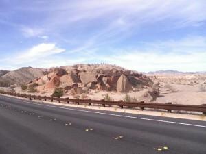 Broken rocks by the road near Lake Mead